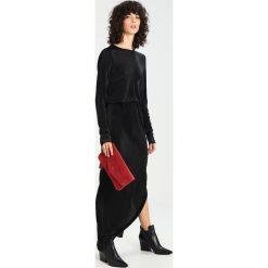 Długie sukienki: YAS YASEZRA SHINE Długa sukienka black