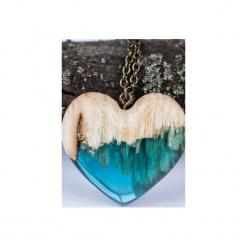 Drewniany naszyjnik niebieskie serce. Niebieskie naszyjniki damskie Bewoody. Za 160,00 zł.