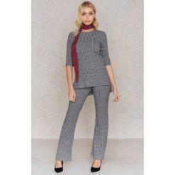 Rut&Circle Sweter w prążki Anna - Grey. Szare swetry klasyczne damskie Rut&Circle. W wyprzedaży za 33,29 zł.