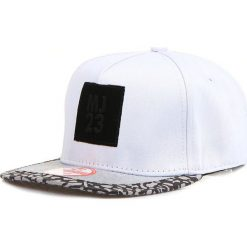 Czapka męska snapback biała (hx0290). Białe czapki męskie Dstreet, z aplikacjami, eleganckie. Za 69,99 zł.