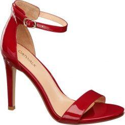 Sandały damskie na obcasie Catwalk czerwone. Czerwone sandały trekkingowe damskie Catwalk, z lakierowanej skóry, na wysokim obcasie, na obcasie. Za 119,90 zł.