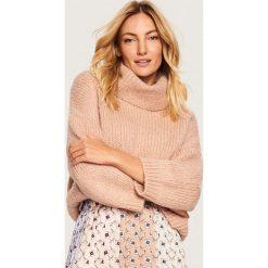 Sweter z domieszką wełny - Różowy. Białe swetry klasyczne damskie marki Reserved, l, z dzianiny. Za 139,99 zł.