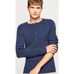 Sweter zapinany na dekolcie - Granatowy. Niebieskie swetry rozpinane męskie marki Armor lux, m. W wyprzedaży za 49,99 zł.