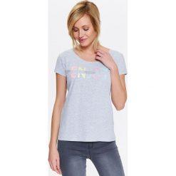 T-shirty damskie: T-SHIRT DAMSKI Z KOLOROWYM NAPISEM
