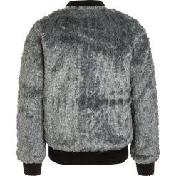 Name it NITMELISA Kurtka Bomber grey melange. Szare kurtki chłopięce marki Name it, z materiału. W wyprzedaży za 191,20 zł.