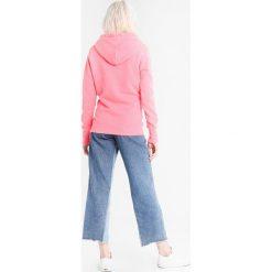 Bluzy damskie: Superdry HORIZON ENTRY HOOD Bluza z kapturem fluro pink snowy