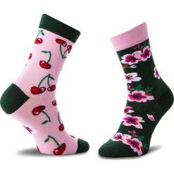 Skarpety Wysokie Damskie MANY MORNINGS - Cherry Blossom Kolorowy. Czerwone skarpetki damskie Many Mornings, w kolorowe wzory, z bawełny. Za 29,00 zł.