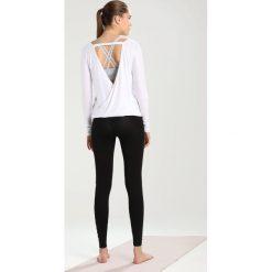 Bluzki damskie: Onzie DRAPEY VBACK Bluzka z długim rękawem white