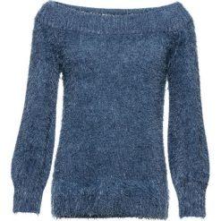 """Sweter z przędzy z długim włosem z dekoltem """"carmen"""" bonprix indygo. Niebieskie swetry klasyczne damskie marki bonprix, na lato, w kwiaty, z asymetrycznym kołnierzem. Za 89,99 zł."""