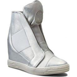 Sneakersy damskie: Sneakersy ROBERTO – 527/D Srebro