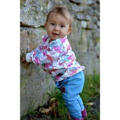 Bluza dziecięca flamingi long. Szare bluzy dziewczęce rozpinane marki Pakamera, w kolorowe wzory, z dresówki. Za 85,00 zł.