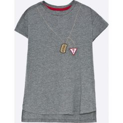 Guess Jeans - T-shirt dziecięcy 118-176 cm. Szare t-shirty chłopięce z nadrukiem marki Guess Jeans, l, z bawełny, z okrągłym kołnierzem. W wyprzedaży za 89,90 zł.