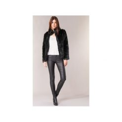 Jeansy slim fit Vero Moda  SEVEN. Niebieskie jeansy damskie relaxed fit marki Sinsay, z podwyższonym stanem. Za 161,10 zł.