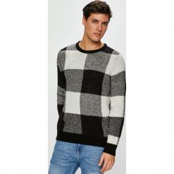 Jack & Jones - Sweter. Czarne swetry klasyczne męskie marki Jack & Jones, l, z bawełny, z klasycznym kołnierzykiem, z długim rękawem. Za 169,90 zł.