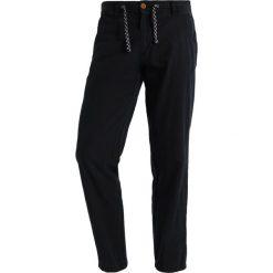 INDICODE JEANS VENEDIG Spodnie materiałowe black. Czarne chinosy męskie INDICODE JEANS. Za 169,00 zł.