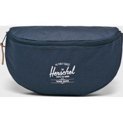 Herschel - Nerka. Szare walizki marki Herschel, w paski, z materiału, małe. W wyprzedaży za 119,90 zł.