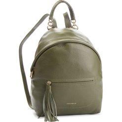 Plecak COCCINELLE - CN0 Leonie E1 CN0 14 01 01 Caper G02. Zielone plecaki damskie Coccinelle, ze skóry, eleganckie. Za 1399,90 zł.
