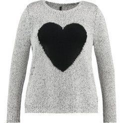 Swetry klasyczne damskie: Evans HEART Sweter cream