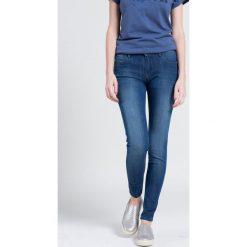 Wrangler - Jeansy. Niebieskie jeansy damskie rurki marki House, z jeansu. W wyprzedaży za 249,90 zł.