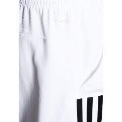Adidas Performance CLUB SHORT Krótkie spodenki sportowe white. Białe spodenki chłopięce adidas Performance, z materiału, sportowe. Za 139,00 zł.