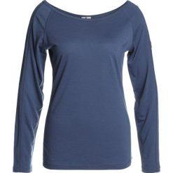 Super.natural ESSENTIAL SCOOP NECK Bluzka z długim rękawem dark avio. Niebieskie bluzki asymetryczne super.natural, l, z materiału, z długim rękawem. Za 299,00 zł.