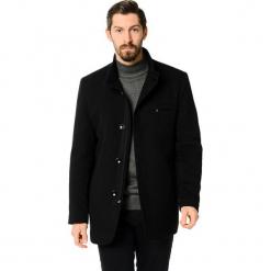 Płaszcz w kolorze czarnym. Czarne płaszcze zimowe męskie marki AVVA, Dewberry, m. Za 489,95 zł.