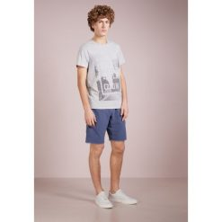 True Religion PALM TEE Tshirt z nadrukiem grey. Szare koszulki polo True Religion, m, z nadrukiem, z bawełny. Za 299,00 zł.