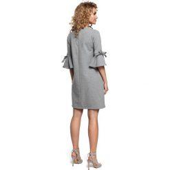 DESTINY Mini sukienka z falbanką na rękawach - szary. Szare sukienki dzianinowe Moe, z falbankami, mini. Za 136,99 zł.