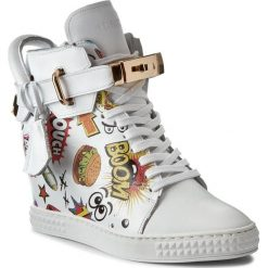 Sneakersy CARINII - B3767/FB G34-000-000-B88. Białe sneakersy damskie marki Carinii, z materiału. W wyprzedaży za 289,00 zł.