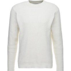 Swetry klasyczne męskie: Samsøe & Samsøe MUSCO Sweter clear cream