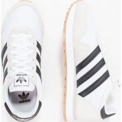 Adidas Originals HAVEN Tenisówki i Trampki footwear white/core black. Białe tenisówki damskie marki adidas Originals, z materiału. W wyprzedaży za 195,30 zł.