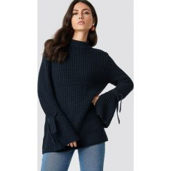 Rut&Circle Sweter Samira Knot Knit - Navy. Szare golfy damskie marki Vila, l, z dzianiny, z okrągłym kołnierzem. Za 121,95 zł.
