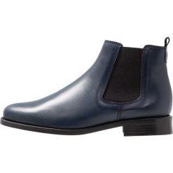 Pinto Di Blu Ankle boot bleu. Niebieskie botki damskie na zamek Pinto Di Blu, z materiału. Za 369,00 zł.