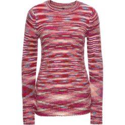 Sweter dzianinowy bonprix różowo-beżowo-niebiesko-biały w paski. Białe swetry klasyczne damskie bonprix, z dzianiny. Za 49,99 zł.