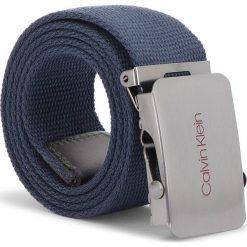Pasek Męski CALVIN KLEIN JEANS - 4Cm Adj Plaque Cnvas K50K504150 85 448. Niebieskie paski męskie marki Calvin Klein Jeans, w paski, z jeansu. Za 159,00 zł.