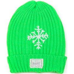 Czapka damska Neonowa śnieżynka zielona. Zielone czapki zimowe damskie Art of Polo. Za 36,52 zł.