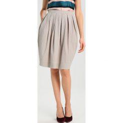 Spódniczki plisowane damskie: And Less MARRY  Spódnica plisowana grey