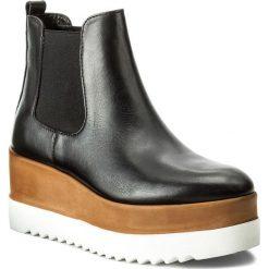 Botki CARINII - B4105 E50-528-POL-C44. Czarne buty zimowe damskie Carinii, z materiału, na obcasie. W wyprzedaży za 249,00 zł.