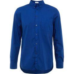 Filippa K PETER WASHED Koszula aquatic. Niebieskie koszule męskie marki Polo Ralph Lauren, m, z bawełny, polo. Za 549,00 zł.