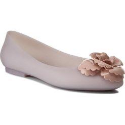 Baleriny MELISSA - Doll Fem Ad 32210 Beige/Pink 50739. Szare meliski damskie marki Melissa, z gumy. W wyprzedaży za 189,00 zł.