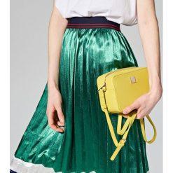 Torebki klasyczne damskie: Mała torebka na regulowanym pasku - Zielony