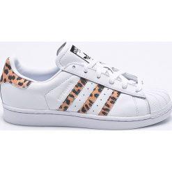 Adidas Originals - Buty Superstar. Szare buty sportowe damskie marki adidas Originals, z gumy. W wyprzedaży za 349,90 zł.