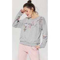 Bluzy rozpinane damskie: Bluza z motywem kwiatowym - Jasny szar