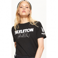Koszulka BALTIC GAMES - Czarny. Czarne t-shirty damskie marki Cropp, l. W wyprzedaży za 19,99 zł.