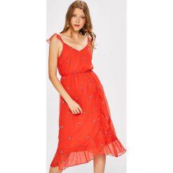Vero Moda - Sukienka. Szare sukienki na komunię marki Vero Moda, na co dzień, l, z poliesteru, casualowe, midi, rozkloszowane. W wyprzedaży za 139,90 zł.