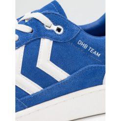 Hummel TEAM Tenisówki i Trampki limoges blue. Niebieskie tenisówki damskie marki Hummel, z materiału. Za 379,00 zł.