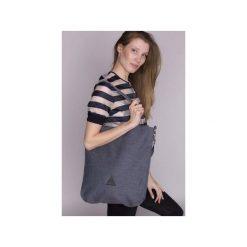 TORBA DAMSKA na ramię w niebieskim kolorze. Niebieskie torebki klasyczne damskie drops, w paski, z bawełny. Za 139,00 zł.