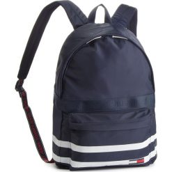 Plecak TOMMY JEANS - Tj Varsity Classic B AU0AU00253 496. Niebieskie plecaki męskie Tommy Jeans, z jeansu. Za 399,00 zł.