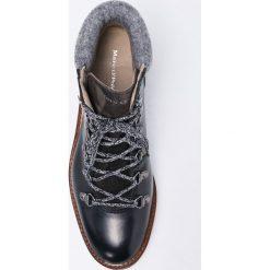 Marc O'Polo - Botki. Szare buty zimowe damskie Marc O'Polo, z materiału, z okrągłym noskiem, na obcasie, na sznurówki. W wyprzedaży za 399,90 zł.