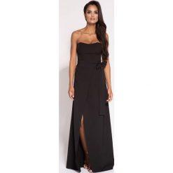 Czarna Wieczorowa Maxi Sukienka z Odkrytymi Ramionami. Czarne długie sukienki marki Molly.pl, na wesele, l, w paski, eleganckie, z gorsetem, z długim rękawem, gorsetowe. Za 348,90 zł.